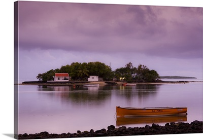 Mauritius, Southern Mauritius, Mahebourg, Ile Mouchoir Rouge Island, dusk