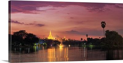 Myanmar, Yangon, Shwedagon Paya reflected in Kandawgyi Lake