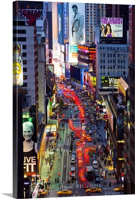 New York, Manhattan, Midtown, Broadway towards Times Square