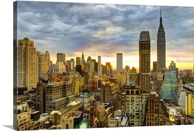 New York, Manhattan, Midtown skyline including Empire State Building
