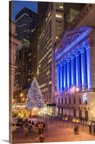 new york stock exchange at christmas wall street lower manhattan