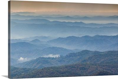 North Carolina, Grandfather Mountain State Park, view of the Blue Ridge Mountains