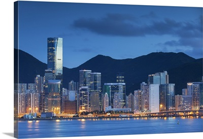 One Island East skyscraper and apartment blocks, Tai Koo, Kowloon, Hong Kong