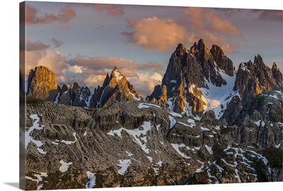 Panoramic view over the Sorapis mountain group at sunset, Dolomites, Veneto, Italy