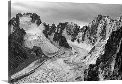 Peaks of Korona and Svobodnaya Korea, Ala Archa National Park, Kyrgyzstan