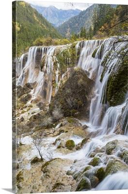 Pearl Shoal Waterfall (Zhenzhu Tan), Jiuzhaigou National Park, Sichuan, China
