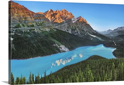 Peyto Lake With Mount Patterson, Canada, Alberta, Banff National Park, Rocky Mountains