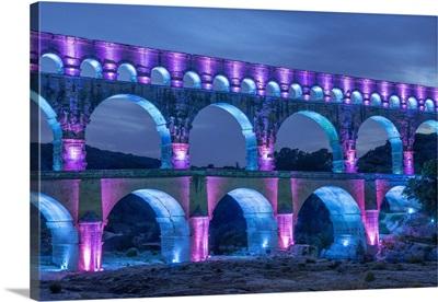 Pont Du Gard, Roman Aqueduct, Vers-Pont-Du-Gard, Gard, Languedoc-Roussillon, France