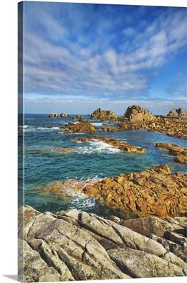 Rocky Coast Near Plougrescant, France, Brittany, Lannion, Plougrescant, Le Gouffre