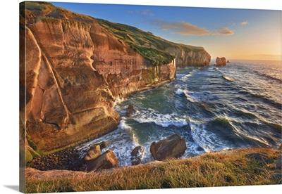 Rocky Coast, New Zealand, South Island, Otago, Dunedin, Tunnel Beach