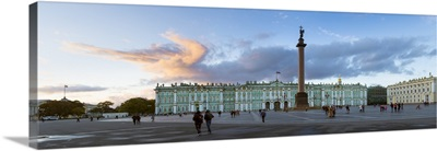 Russia, Saint Petersburg, Palace Square, Alexander Column and the Hermitage