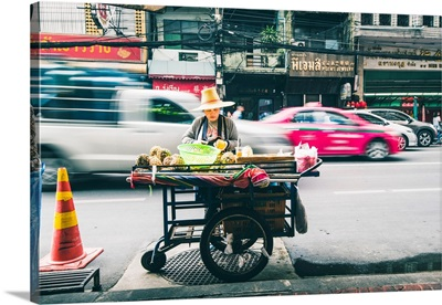 Samphanthawong (Chinatown), Bangkok, Thailand. Street Food Vendor.