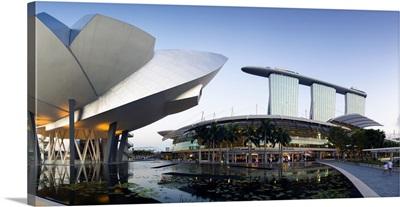 Singapore, Art Science Museum and Marina Bay Sands, Marina Bay