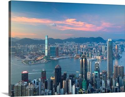 Skyline Of Hong Kong Island And Kowloon From Victoria Peak At Sunset, Hong Kong