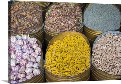 Spice market in Mellah Jewish quarter, Medina (old town)