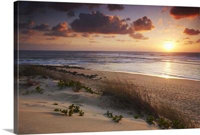 Sunrise on Tofo beach, Tofo, Inhambane, Mozambique