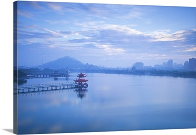 Taiwan, Lotus pond, View of bridge leading to Spring and Autumn pagodas