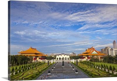 Taiwan, Taipei, Li Chen Sculptures - Greatness of Spirit Premier