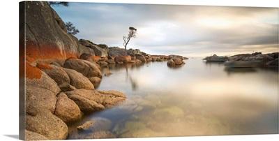 Tasmania, Australia. Binalong bay, Bay of Fires at sunrise
