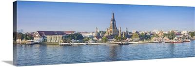 Temple of Dawn (Wat Arun) and Bangkok, Thailand