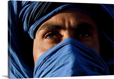 Tuareg man, Erg Chebbi, Sahara Desert, Morocco