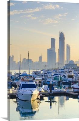 United Arab Emirates, Abu Dhabi, City Skyline