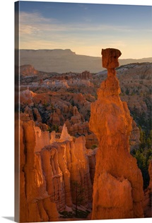 Utah, Bryce Canyon National Park, Thor's Hammer near Sunset Point