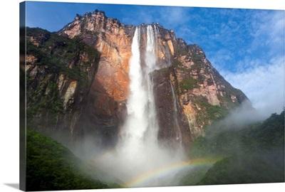 Venezuela, Guayana, Canaima National Park, View of Angel Falls from Mirador Laime