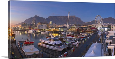 Victoria and Albert Waterfront at dawn, Cape Town, Western Cape, South Africa