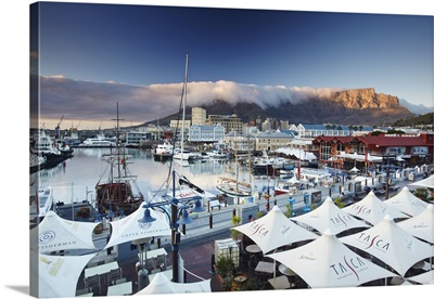 Victoria and Alfred Waterfront at dawn, Cape Town, Western Cape, South Africa