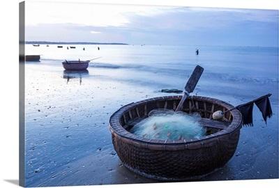 Vietnam, Mui Ne, Mui Ne Beach, Coracle Fishing Boat