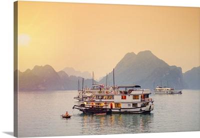 Vietnam, Quang Ninh province, Halong Bay, tourist houseboats on Halong Bay