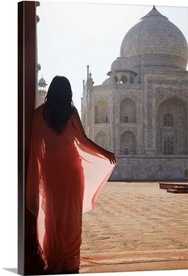 Woman in sari at Taj Mahal, Agra, Uttar Pradesh, India
