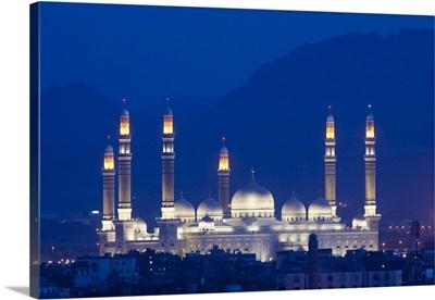 Yemen, Sana'a, Al-Saleh Mosque at dusk