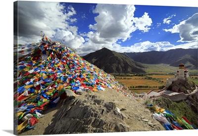 Yumbu Lakhang (Yungbulakang Palace), Lhoka (Shannan) Prefecture, Tibet, China