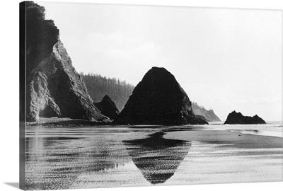 Arch Cape near Cannon Beach, Oregon