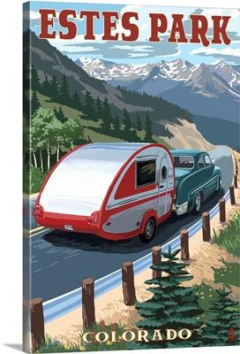 Estes Park, Colorado - Retro Camper: Retro Travel Poster
