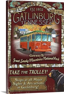 Gatlinburg, Tennessee - Trolley Vintage Sign: Retro Travel Poster