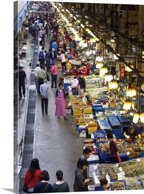 Food on market stalls, Seoul, South Korea