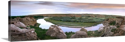 A bend in the Milk River, Writing on stone Provincial Park, Alberta, Canada
