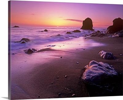 Enderts Beach at sunset, Redwood National Park, California