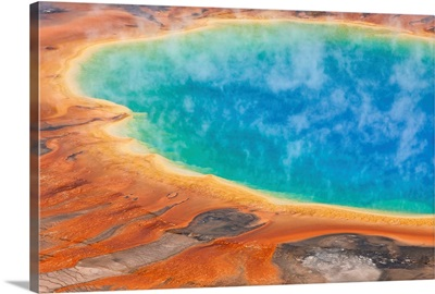 Grand Prismatic Pool, Midway Geyser Basin, Yellowstone National Park, Wyoming