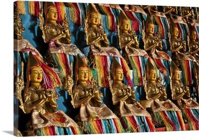 Small golden Buddhas inside Amarbayasgalant Monastery, northern Mongolia