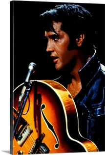 Elvis Presley ()