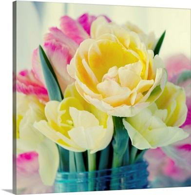 Tulip Bouquet B