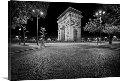 Arc de Triomphe - black and white