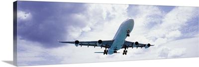 An airplane in flight, Maho Beach, Sint Maarten, Netherlands Antilles