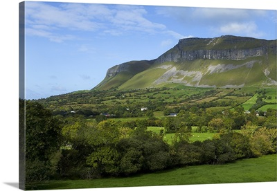 Benbulben and Kings Mountain, County Sligo, Ireland