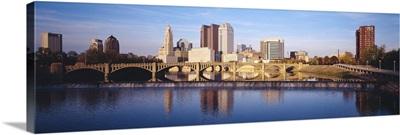 Bridge across a river, Scioto River, Columbus, Ohio