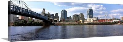 Bridge across the Ohio River, Cincinnati, Hamilton County, Ohio